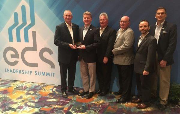 A Heilind recebeu o prêmio Bishop deste ano para o maior distribuidor de eletrônicos.